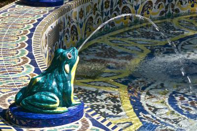 Ceramic Frog Spitting Out Water, Frogs Fountain, Maria Luisa Park, Seville, Andalusia, Spain