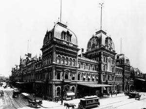 Grand Central Depot 1885 by HA Dunne