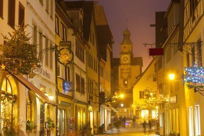 https://imgc.allpostersimages.com/img/posters/hafengasse-street-and-the-markusturm-at-christmas-rothenburg-ob-der-tauber-bavaria-germany_u-L-PWFF6V0.jpg?p=0