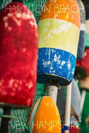 https://imgc.allpostersimages.com/img/posters/hampton-beach-new-hampshire-colorful-bouys_u-L-Q1GQT9B0.jpg?artPerspective=n