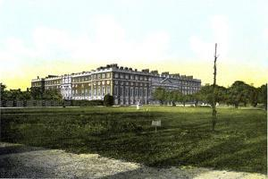 Hampton Court Palace, London, 20th Century