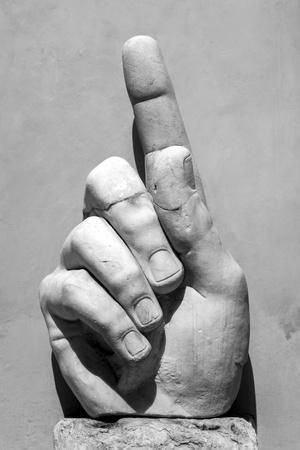 https://imgc.allpostersimages.com/img/posters/hand-of-emperor-constantine-i-4th-century-ad-capitoline-museum-rome-lazio-italy_u-L-PXXUW80.jpg?p=0