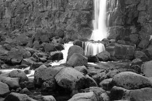 Rocky Water Falll in Black and White. by Hannamariah