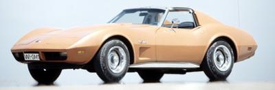 Corvette Stingray by Hans Dieter Seufert