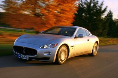 Maserati Gran Turismo by Hans Dieter Seufert