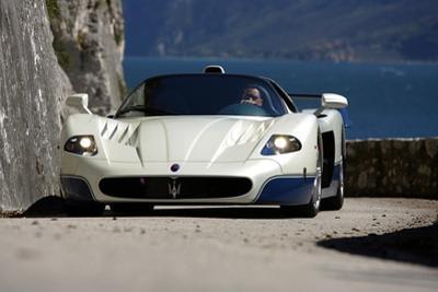 Maserati MC 12 by Hans Dieter Seufert
