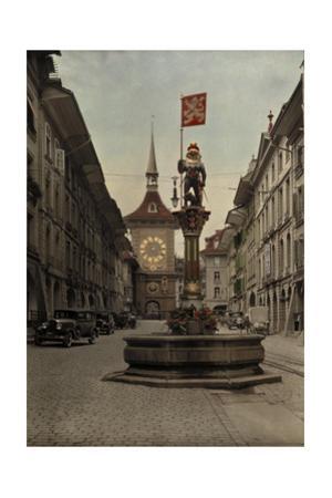 The Zahringer Brunnen Fountain before the Zeitglockenturm Clock Tower