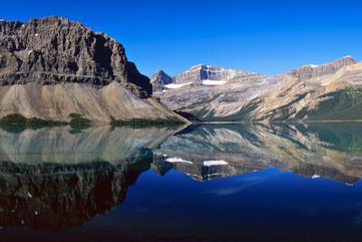 Bow Lake, Banff Nationalpark, Canada by Hans Peter Merten