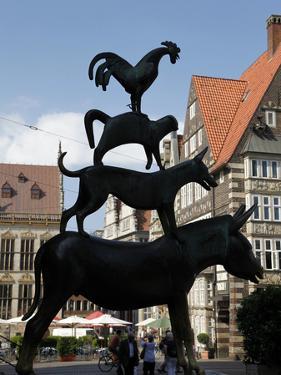 Bronze Statue of Town Musicians of Bremen, Bremen, Germany, Europe by Hans Peter Merten