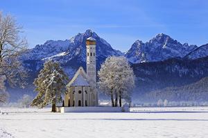Church of St. Coloman and Tannheimer Alps near Schwangau, Allgau, Bavaria, Germany, Europe by Hans-Peter Merten