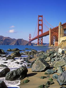 Golden Gate Bridge, San Francisco, California by Hans Peter Merten