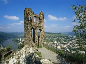 Grevenburg Castle Ruin, Mosel, Germany by Hans Peter Merten