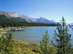Maligne Lake, Jasper National Park, Rocky Mountains, Alberta, Canada by Hans Peter Merten
