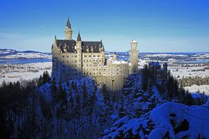Neuschwanstein Castle near Schwangau, Allgau, Bavaria, Germany, Europe by Hans-Peter Merten