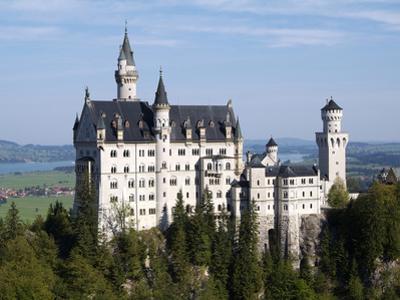 Neuschwanstein Castle, Schwangau, Allgau, Bavaria, Germany, Europe by Hans Peter Merten