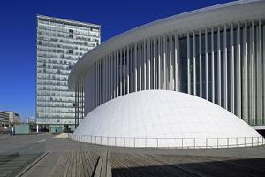 New Philharmonic Hall on Kirchberg in Luxembourg City, Grand Duchy of Luxembourg, Europe by Hans-Peter Merten