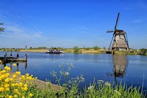 Windmill in Kinderdijk, UNESCO World Heritage Site, South Holland, Netherlands, Europe by Hans-Peter Merten