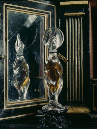 Perfumes, Bottles