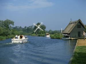 River Ant with How Hill Broadman's Mill, Norfolk Broads, Norfolk, England, United Kingdom, Europe by Harding Robert