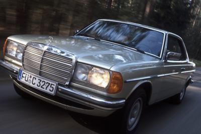 Mercedes W123 by Hardy Mutschler