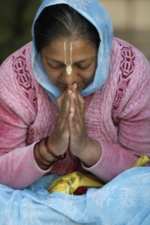 https://imgc.allpostersimages.com/img/posters/hare-krishna-devotee-praying-vrindavan-uttar-pradesh-india_u-L-Q1GYHLF0.jpg?artPerspective=n