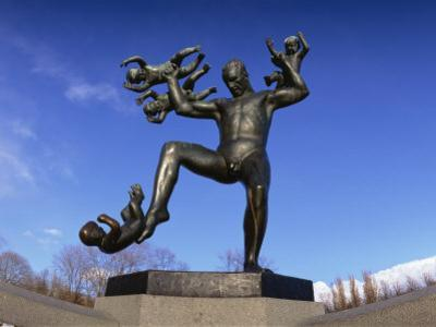 Statue of a Man and Babies, Frogner Park, Oslo, Norway, Scandinavia, Europe