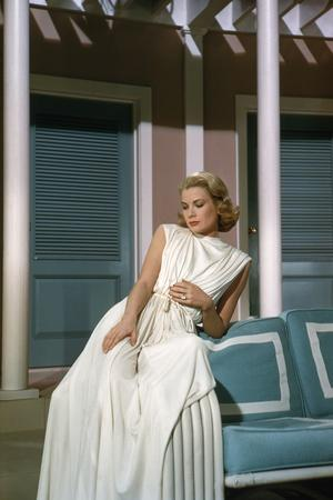 https://imgc.allpostersimages.com/img/posters/haute-societe-high-society-by-charleswalters-with-grace-kelly-1956-elle-porte-sa-bague-by-fiancai_u-L-Q1C40U80.jpg?artPerspective=n
