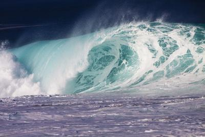 https://imgc.allpostersimages.com/img/posters/hawaii-oahu-large-waves-along-the-pipeline-beach_u-L-PU3DLP0.jpg?artPerspective=n