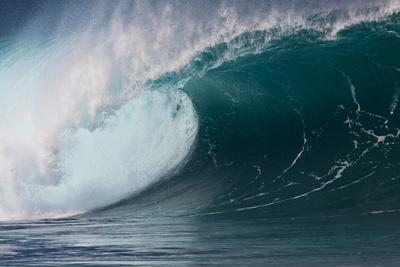 https://imgc.allpostersimages.com/img/posters/hawaii-oahu-large-waves-along-the-pipeline-beach_u-L-PU3DMJ0.jpg?p=0