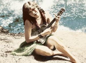 Hawaiian Girl playing Ukulele