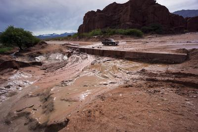 https://imgc.allpostersimages.com/img/posters/heavy-erosion-los-colorados-salta-region-argentina_u-L-PWFHEH0.jpg?p=0