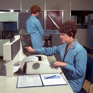 Computer Operators by Heinz Zinram