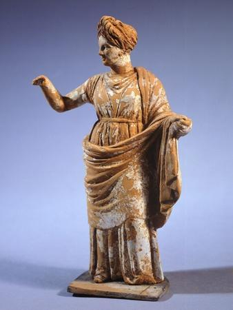 https://imgc.allpostersimages.com/img/posters/hellenistic-tanagrina-terracotta-statue-from-tanagra-greece_u-L-POPSC30.jpg?artPerspective=n