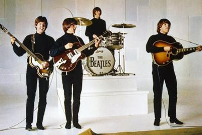 HELP, 1965 directed by RICHARD LESTER Paul McCartney, George Harrison, Ringo Starr and John Lennon