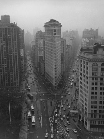Flatiron Building, New York City by Henri Silberman