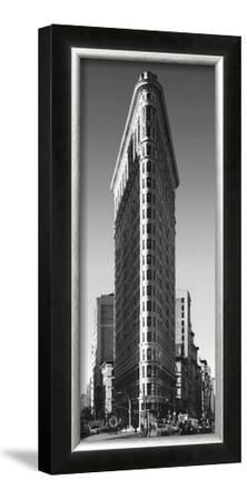 Flatiron Building by Henri Silberman