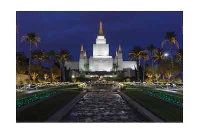 Morman Temple, Oakland, CA 3 (Iconic Buildings Christman Season)