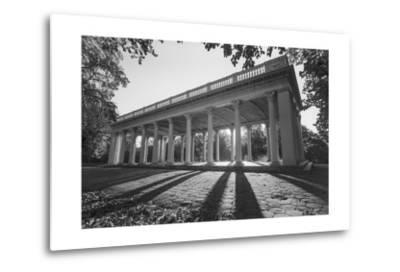 Prospect Park Peristyle Grecian Shelter With Columns - Classic Park Portico