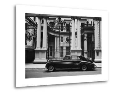 Rolls Royce Manhattan Club Nyc by Henri Silberman