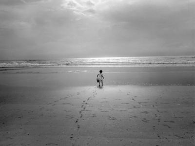 St. Augustine, Florida - Child On The Beach Atlantic Ocean by Henri Silberman