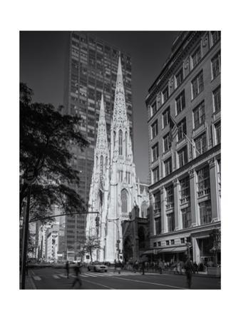 St. Patrick's Fifth Avenue Morning by Henri Silberman