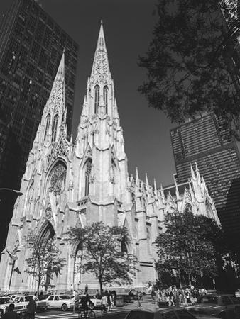 St. Patricks Cathederal, NYC Daytime 1 - New York City Landmark Midtown Manhattan by Henri Silberman