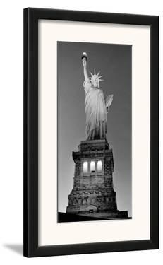 Statue of Liberty by Henri Silberman