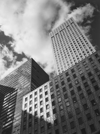 Third Avenue, Manhattan by Henri Silberman