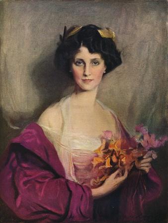 https://imgc.allpostersimages.com/img/posters/her-grace-the-duchess-of-portland-1912_u-L-Q1EFI8V0.jpg?artPerspective=n