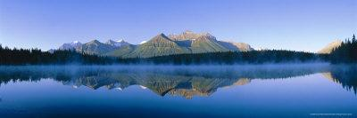 https://imgc.allpostersimages.com/img/posters/herbert-lake-and-bow-range-banff-np-rocky-mountains-alberta-canada_u-L-P2QVAL0.jpg?p=0