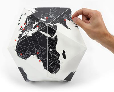 Here - The Personal Globe - Medium, Black