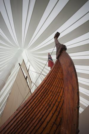 https://imgc.allpostersimages.com/img/posters/heritage-hejmkomstviking-ship-replica-moorhead-minnesota-usa_u-L-PN6TE40.jpg?p=0