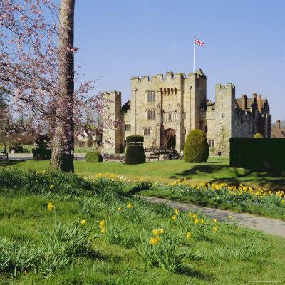 https://imgc.allpostersimages.com/img/posters/hever-castle-kent-england_u-L-P2QWB70.jpg?p=0