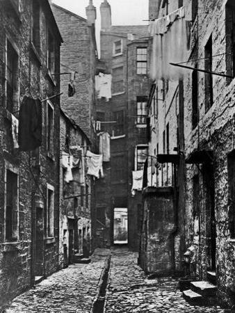 High Street Slum Buildings in Glasgow